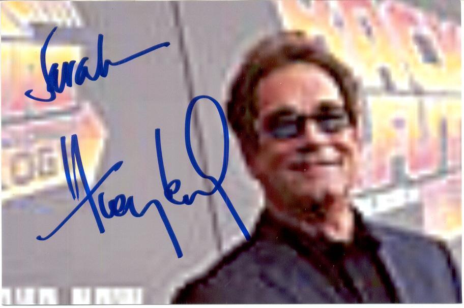 autograph_Huey_Lewis.jpg